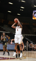 Simone Law  scored a game-high 18 points in Loyola's win over John Carroll. Photo from Loyola Athletics.